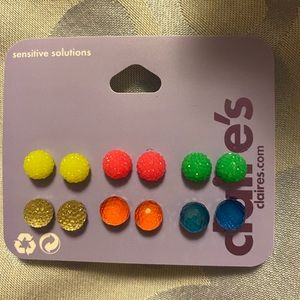 New Claire's Ball Stud Earrings